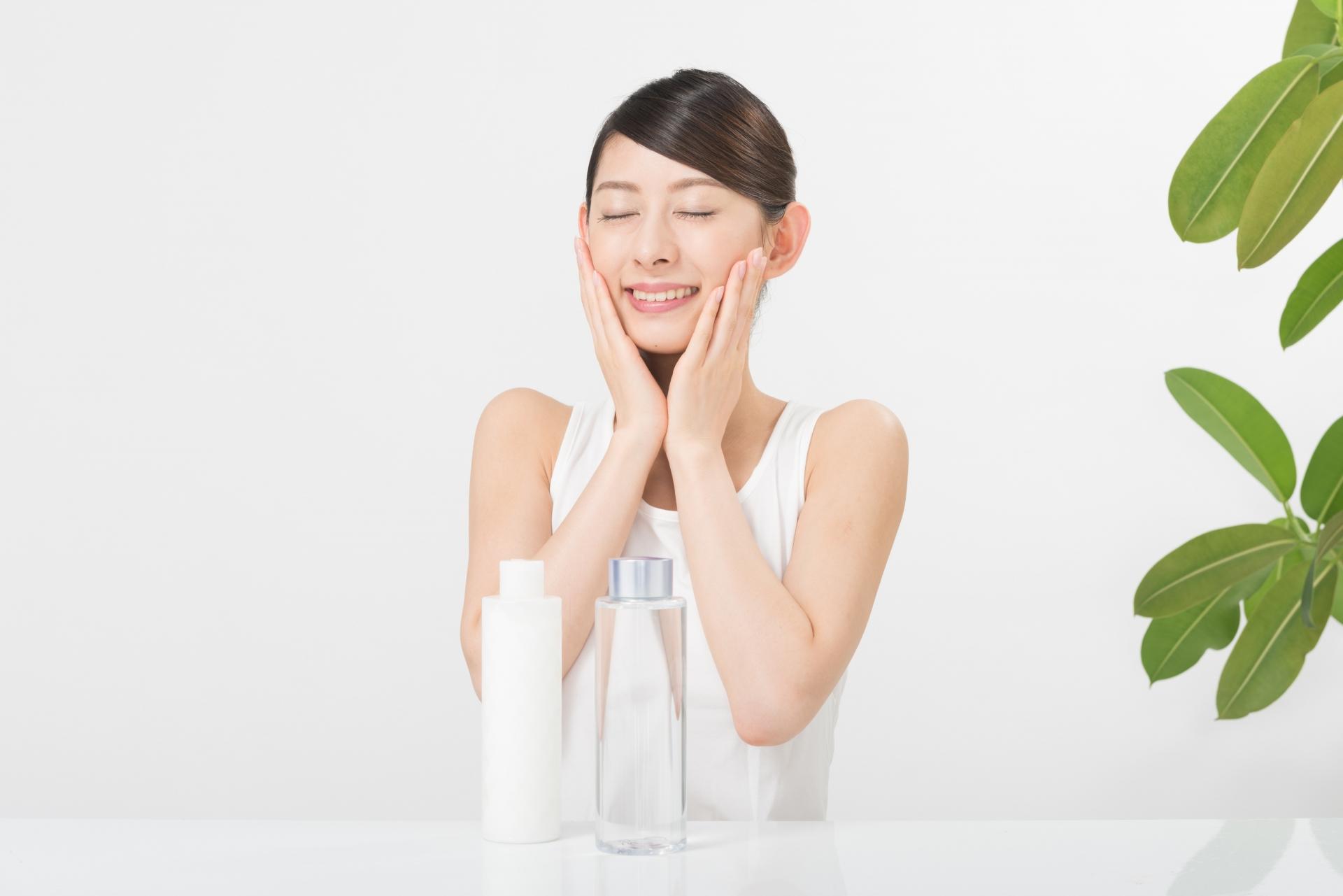 肌トラブルからみる基礎化粧品は複数お金をかけるべきか?